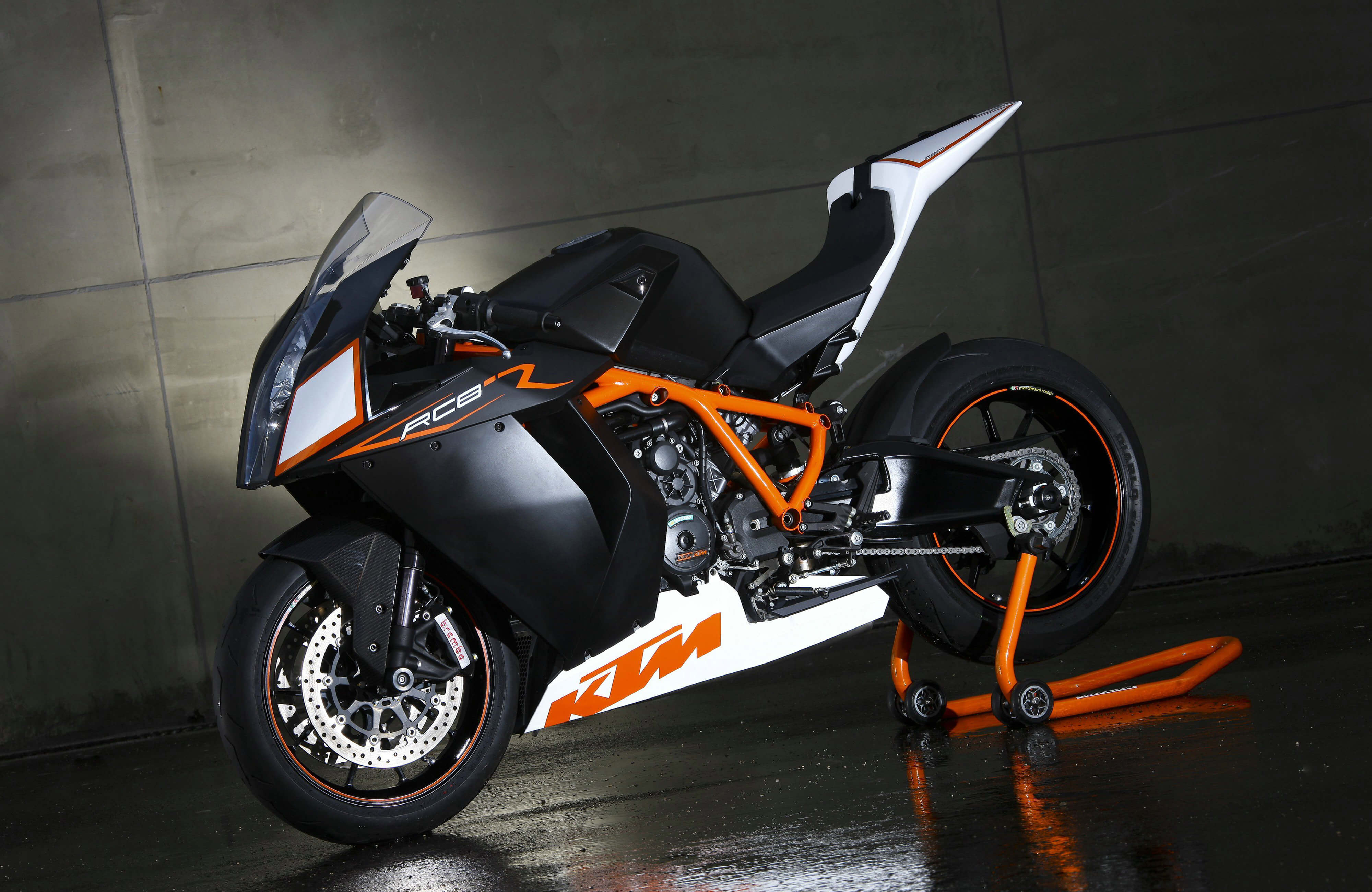 KTM RC8 4K HD Wallpaper