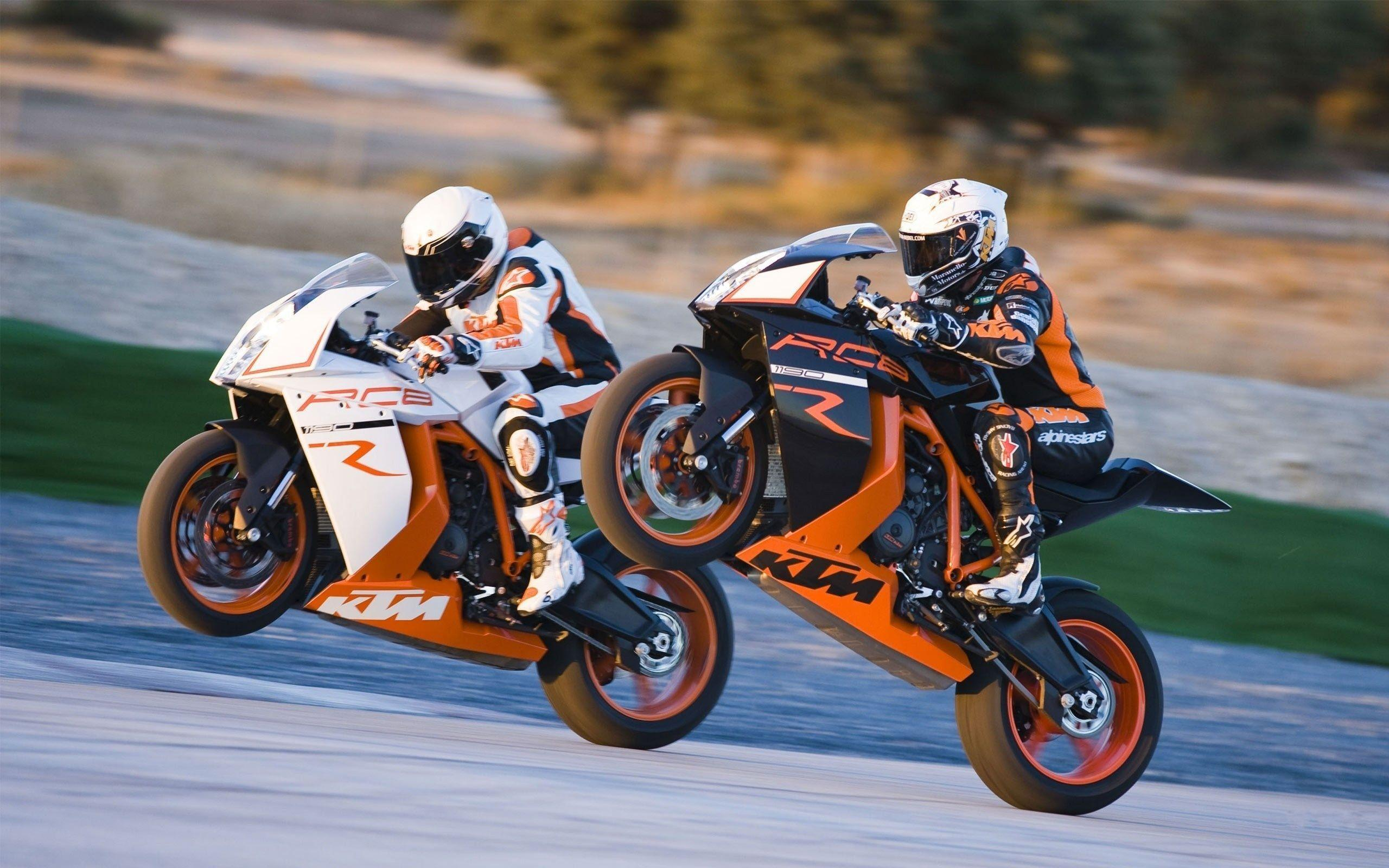 KTM RC8 R wallpapers
