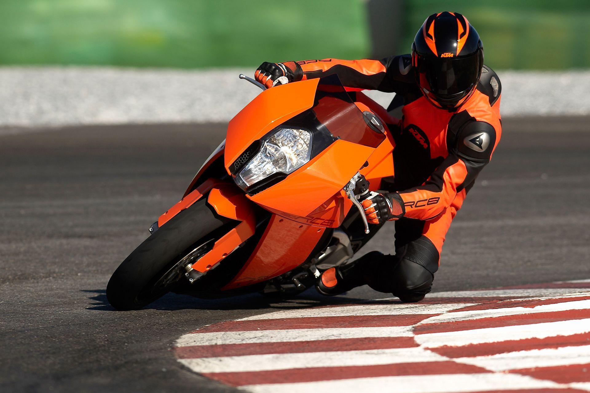Download the KTM 1190 RC8 Air Turn In Wallpaper, KTM 1190 RC8 Air