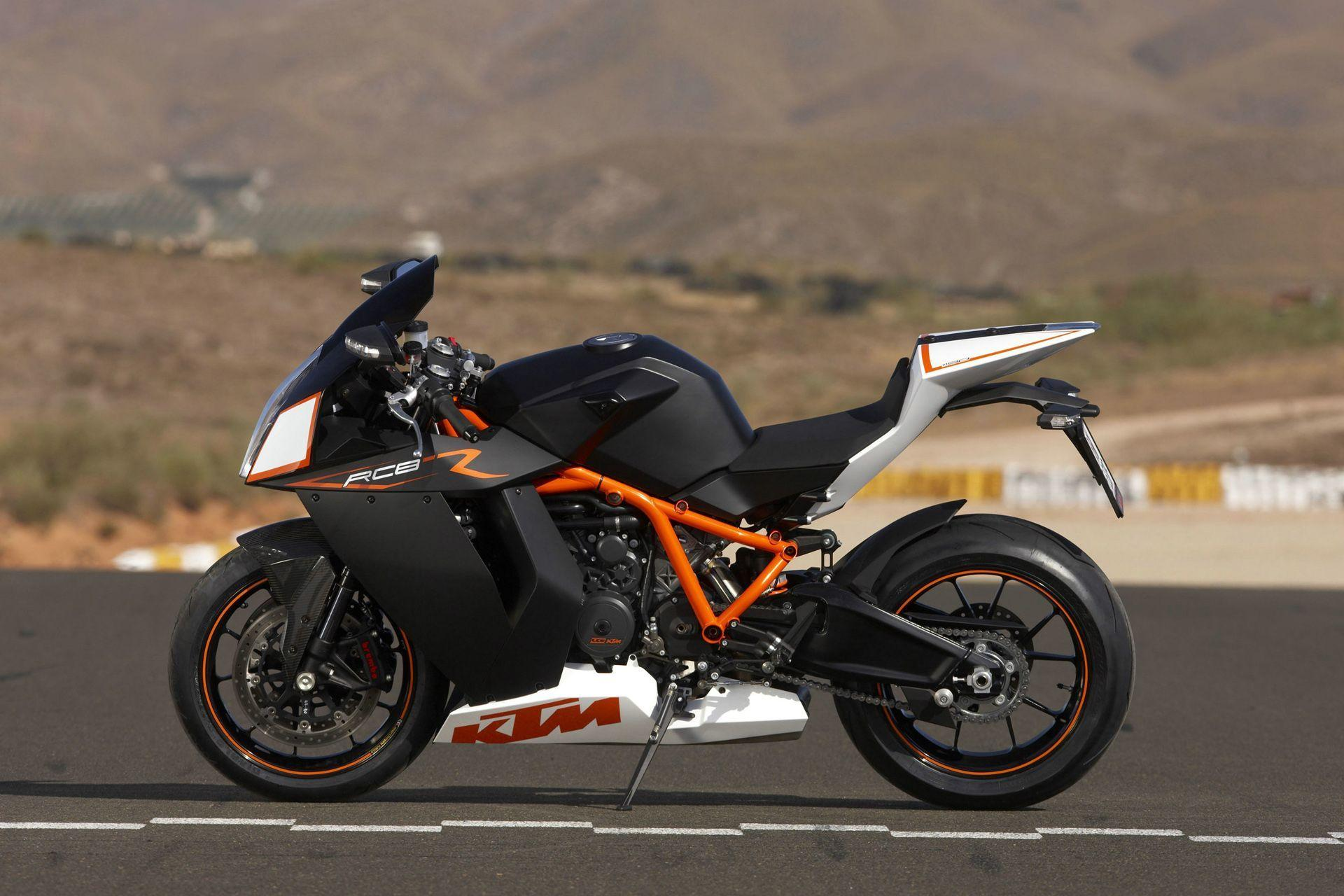 Download the KTM 11900 RC8 R Heated Wallpaper, KTM 11900 RC8 R