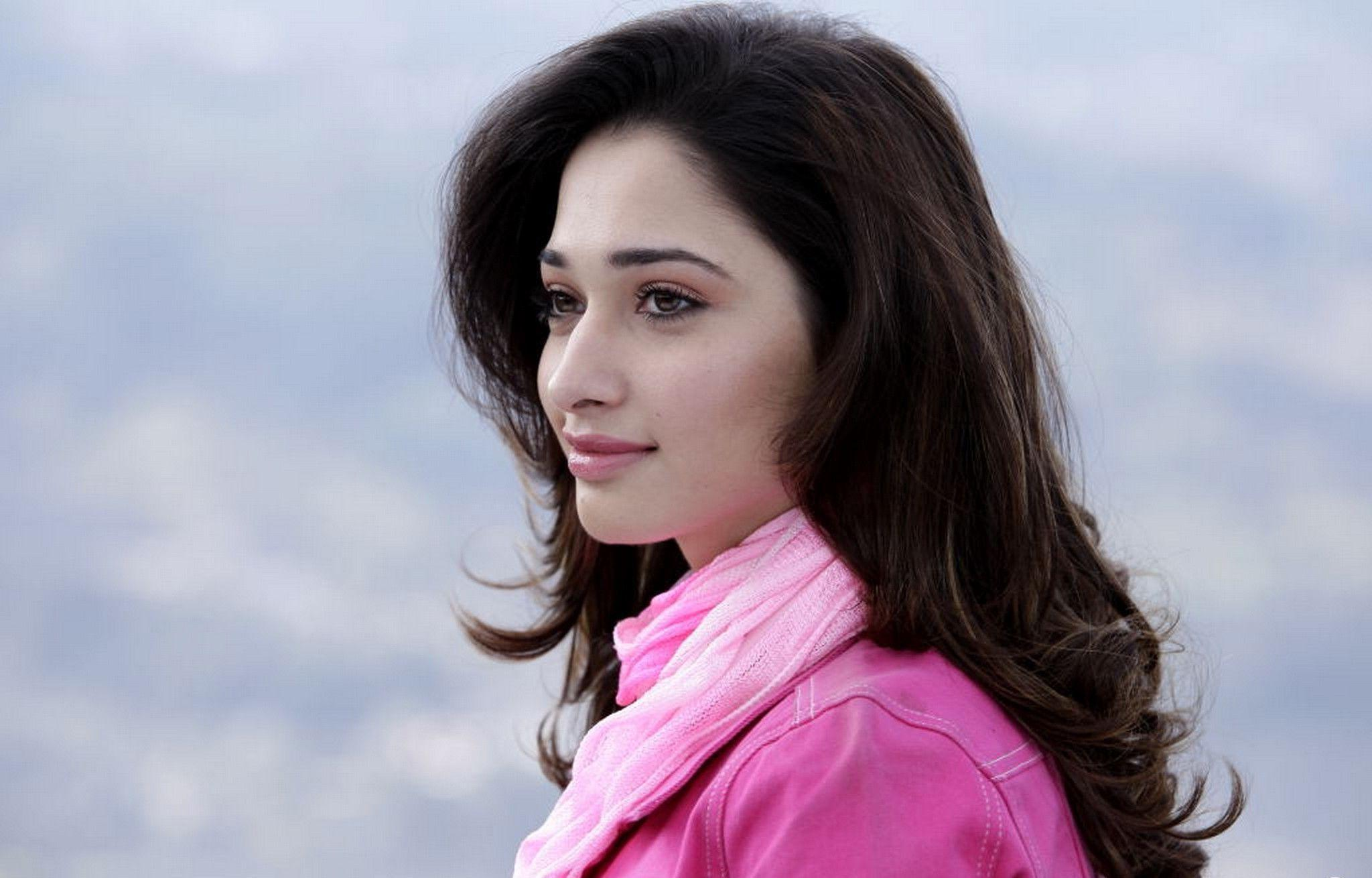 Tamanna Hd Saree Wallpaper: Tamanna Bhatia Wallpapers HD 2016