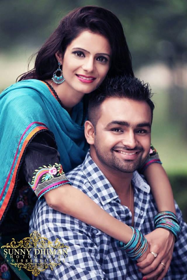 Punjabi Couples Dp  Holidays Oo-9787