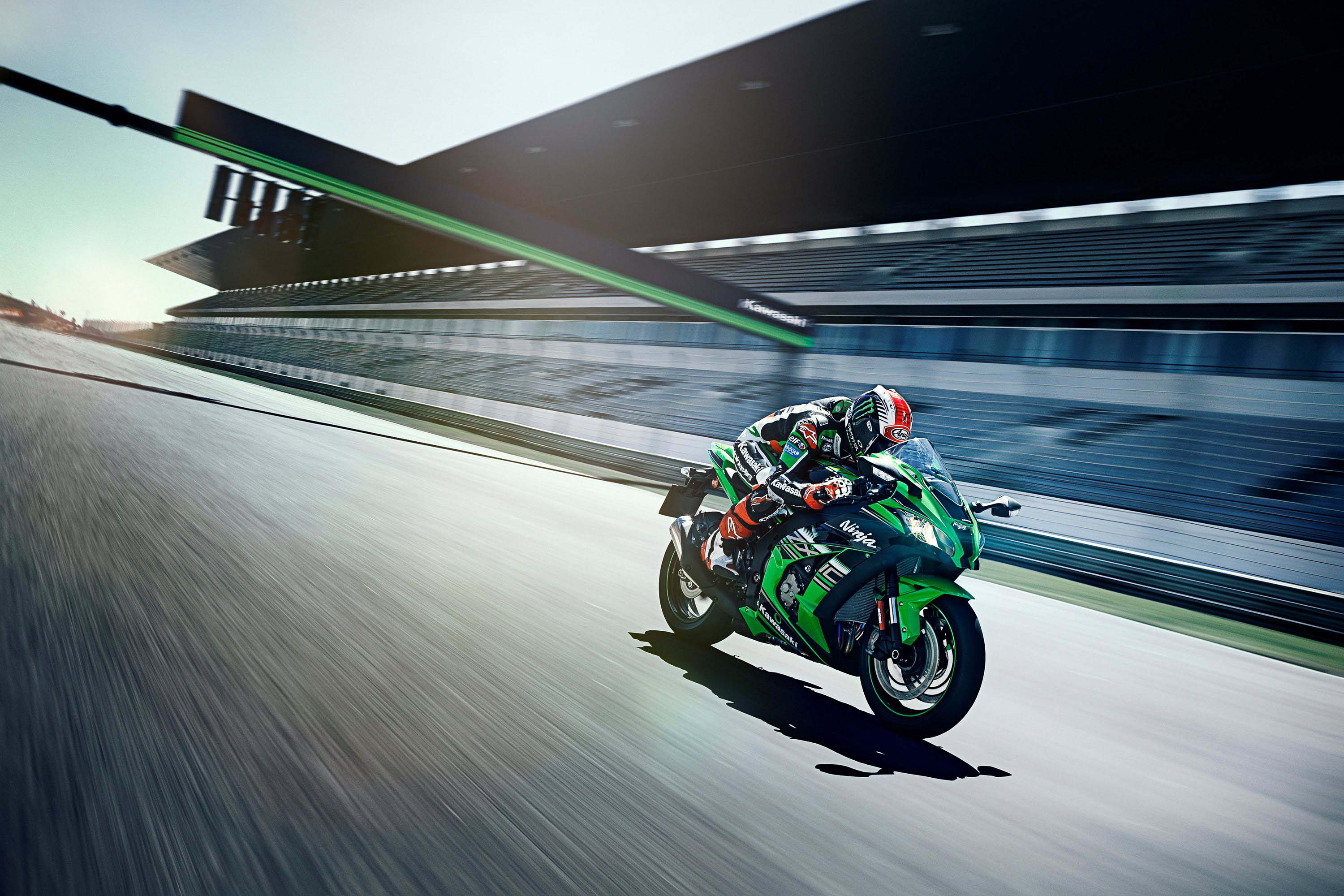 Kawasaki Ninja ZX10R KRT 2016 Wallpapers