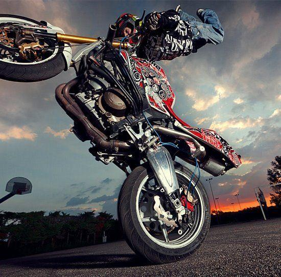 Dangerous Bike Stunt In 2017 HD Wallpapers