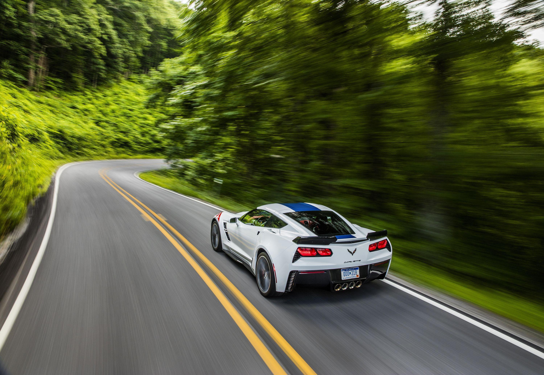 Corvette Grand Sport Iphone Wallpaper: 2017 Corvette Backgrounds