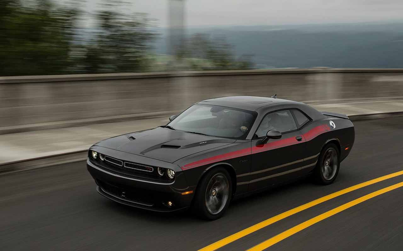 2015 Dodge Challenger Black High Resolution 11123