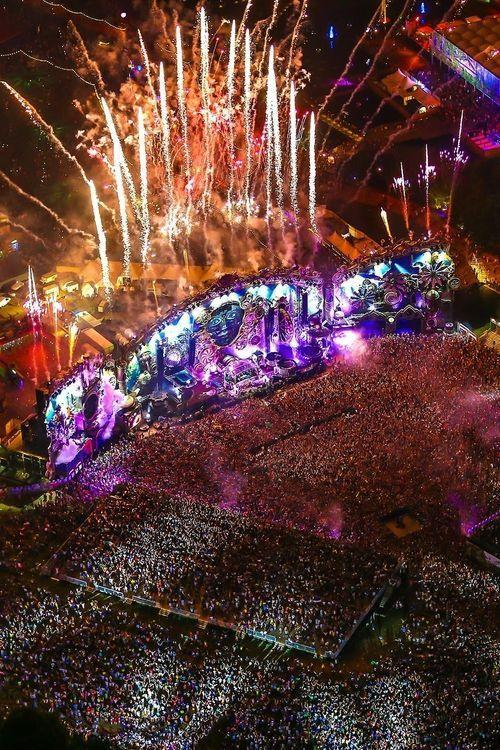 Tomorrowland 2017 Laser Show Hd Wallpapers Wallpaper Cave
