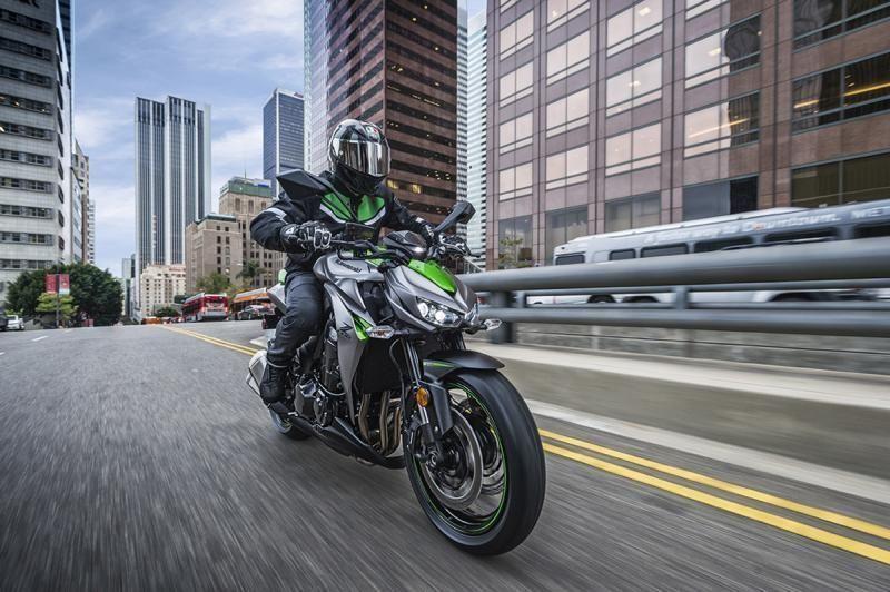 Kawasaki Z1000sx 2017 Wallpapers