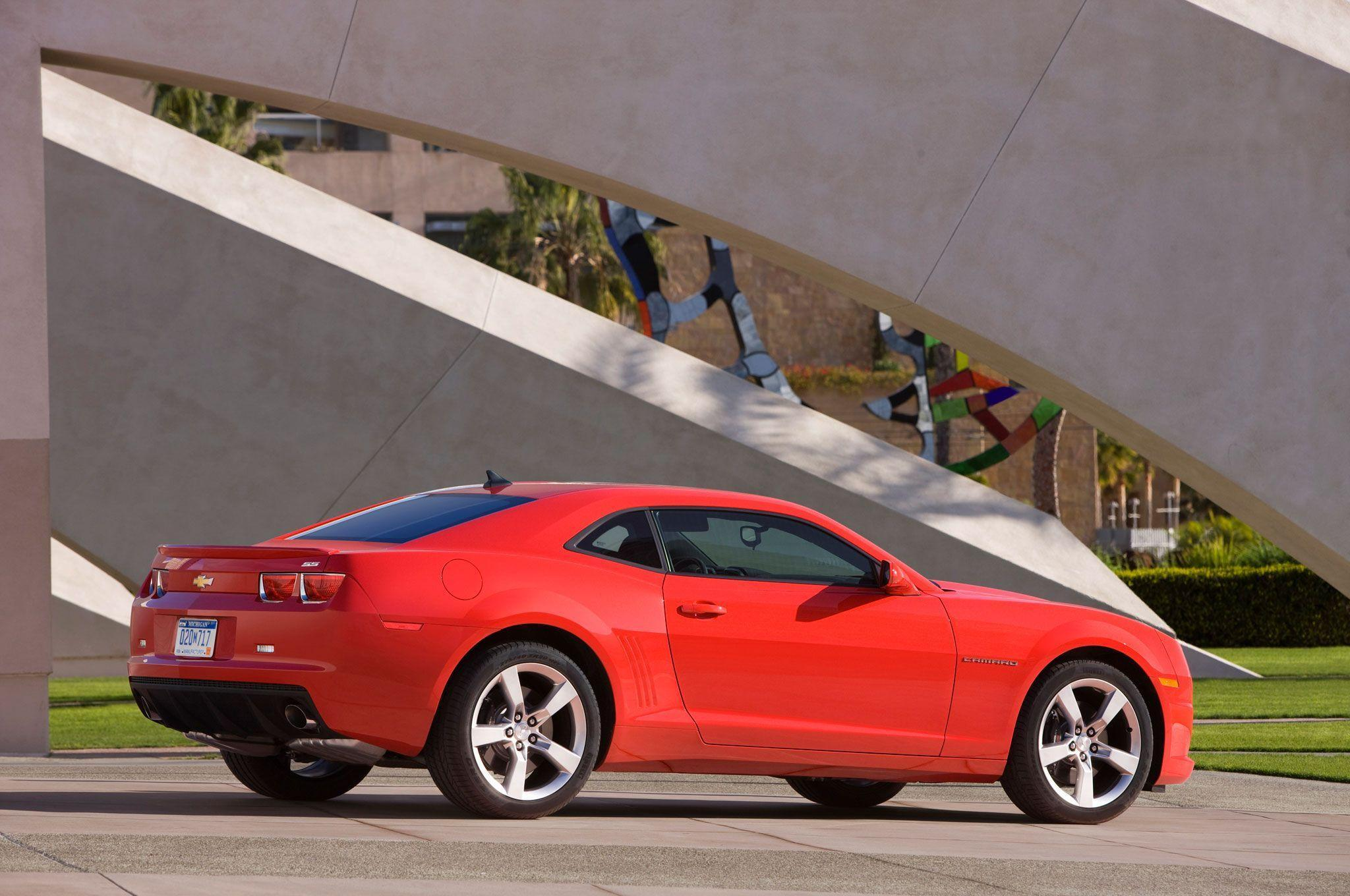 2013 Chevrolet Camaro Reviews and Rating
