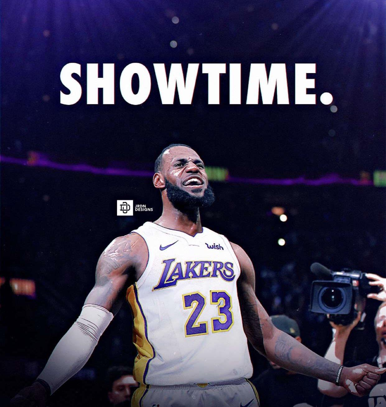 Lebron James showtime