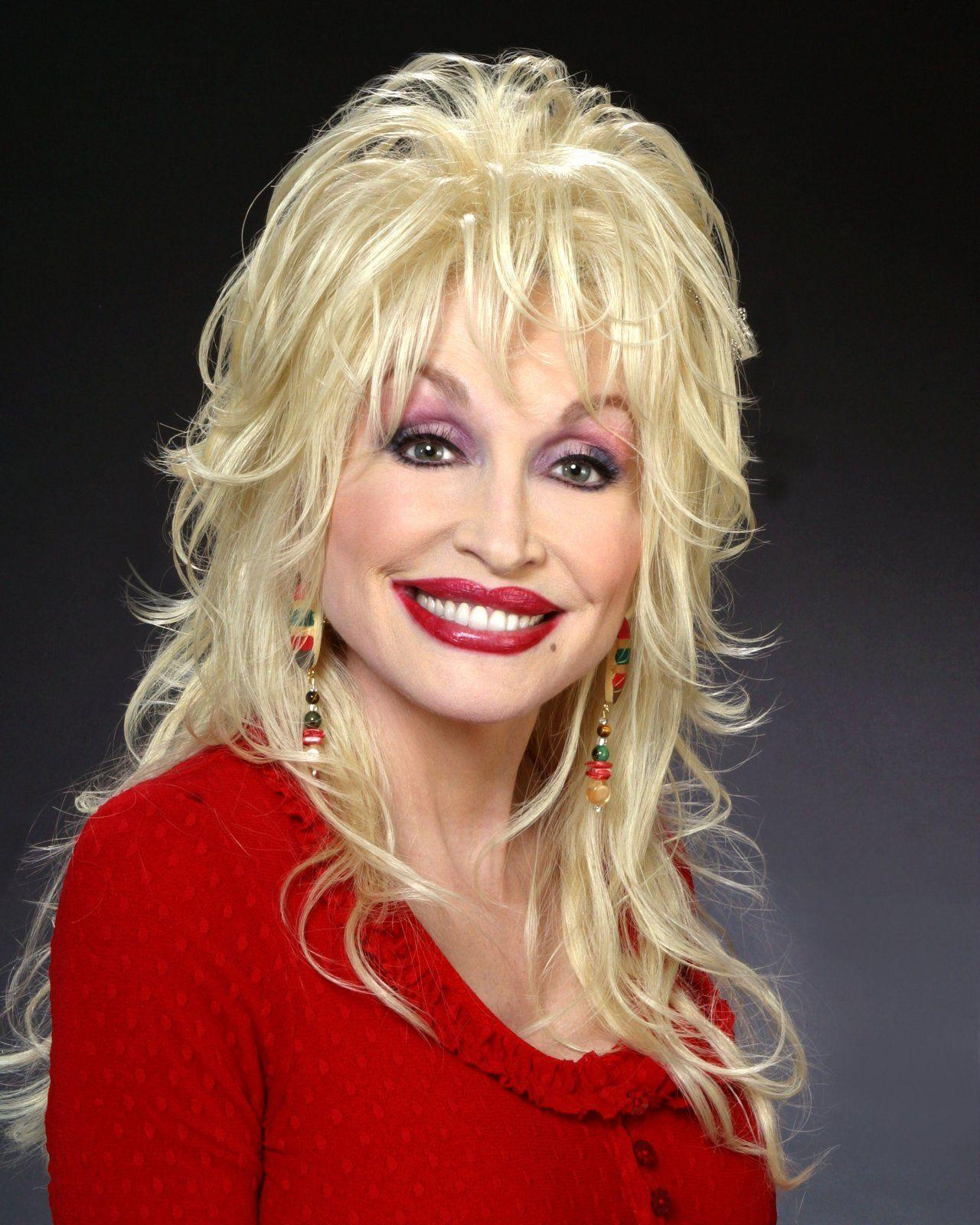 Dolly Parton In Car Crash - Back to Glam : Back to Glam