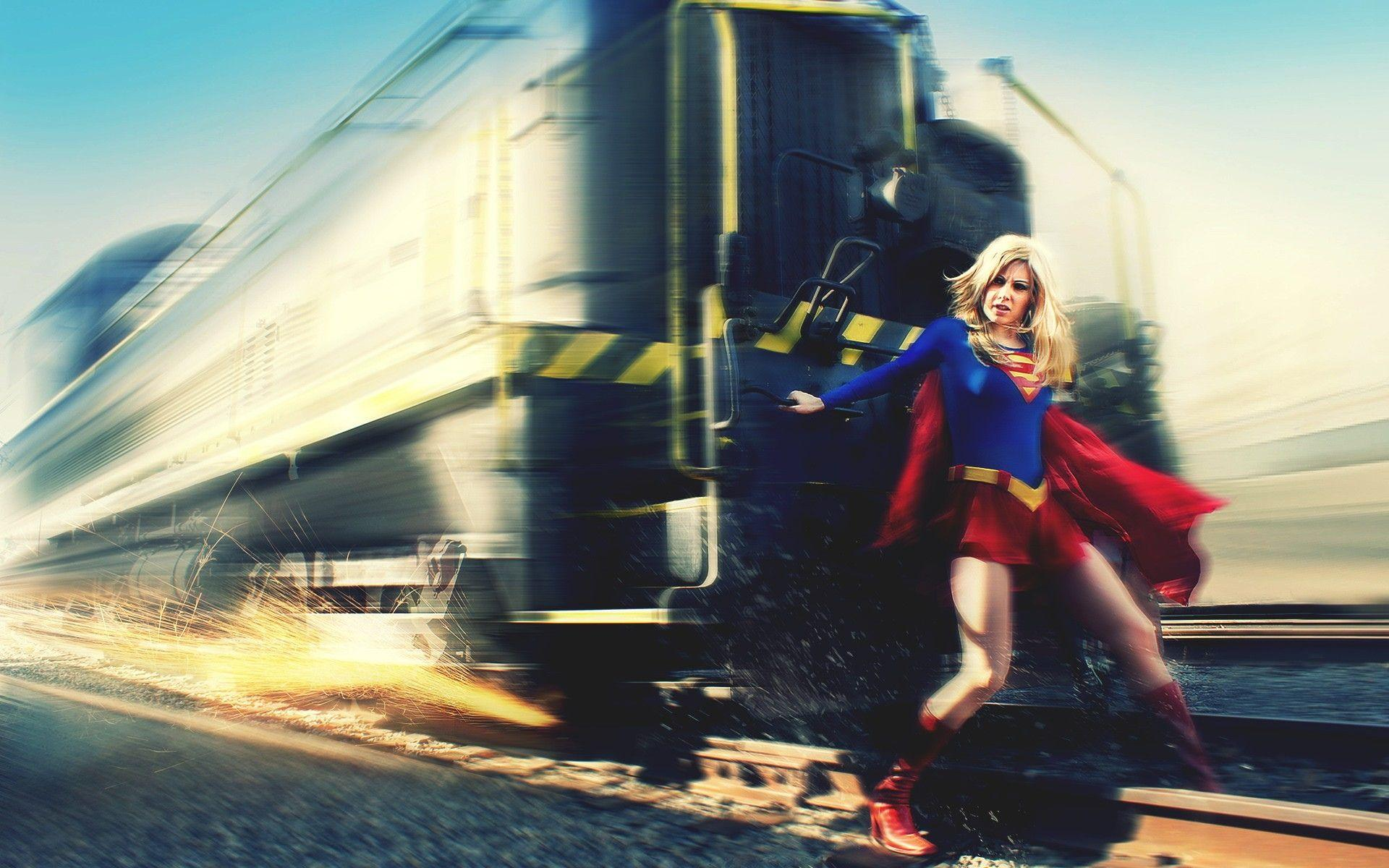 141 Supergirl HD Wallpapers