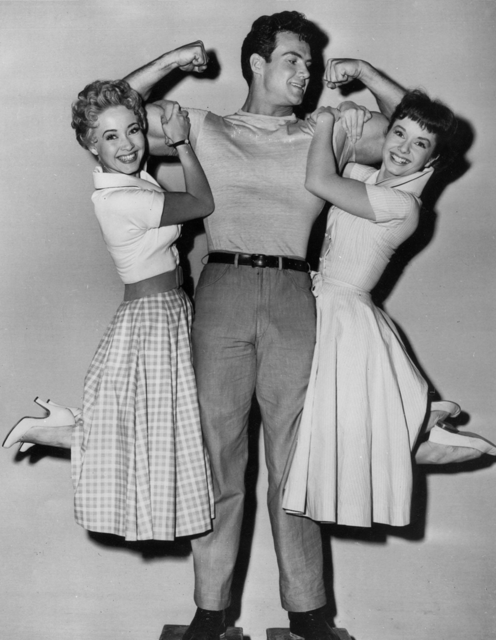 Debbie Reynolds photo 37 of 46 pics, wallpaper - photo #423474 ...