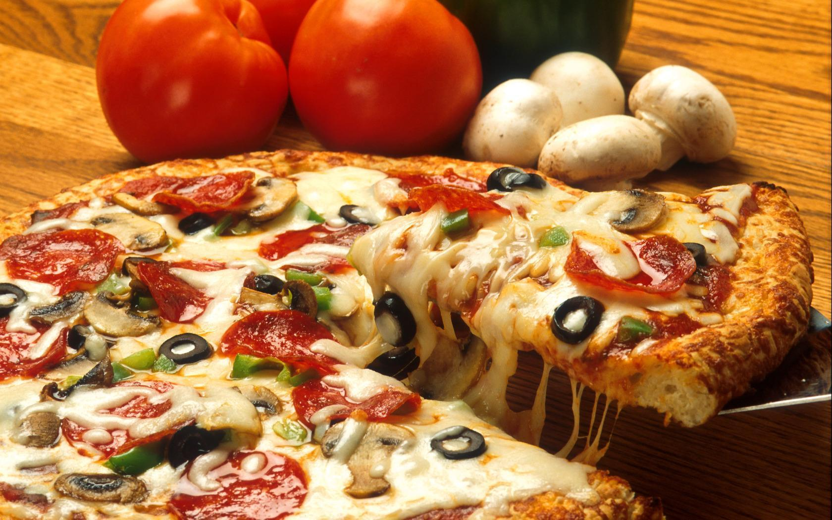 Pizza Wallpaper Images #14006 Wallpaper | High Resolution ...
