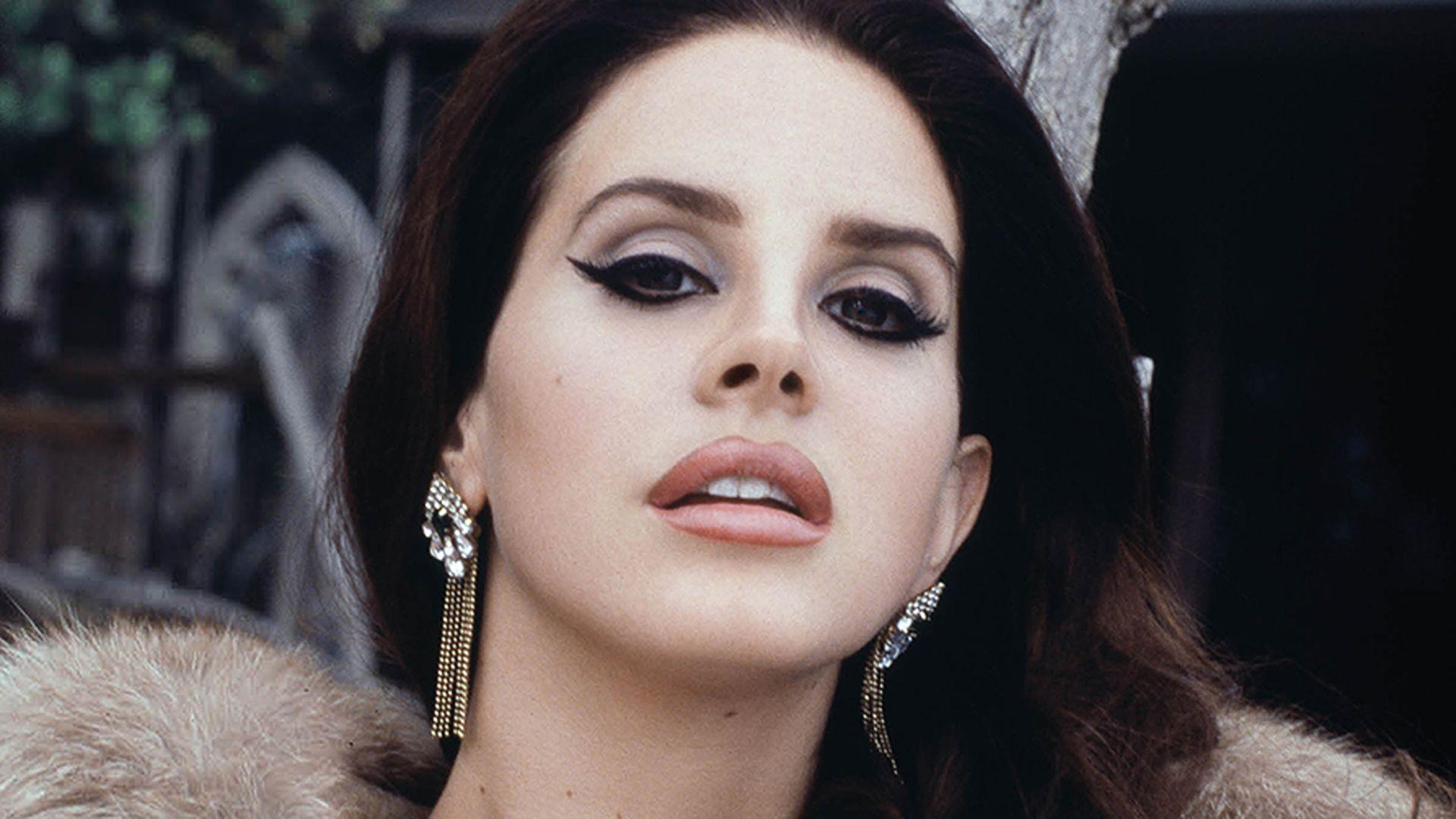 Lana Del Rey Pics - CelebrityWallpapersHQ.Com