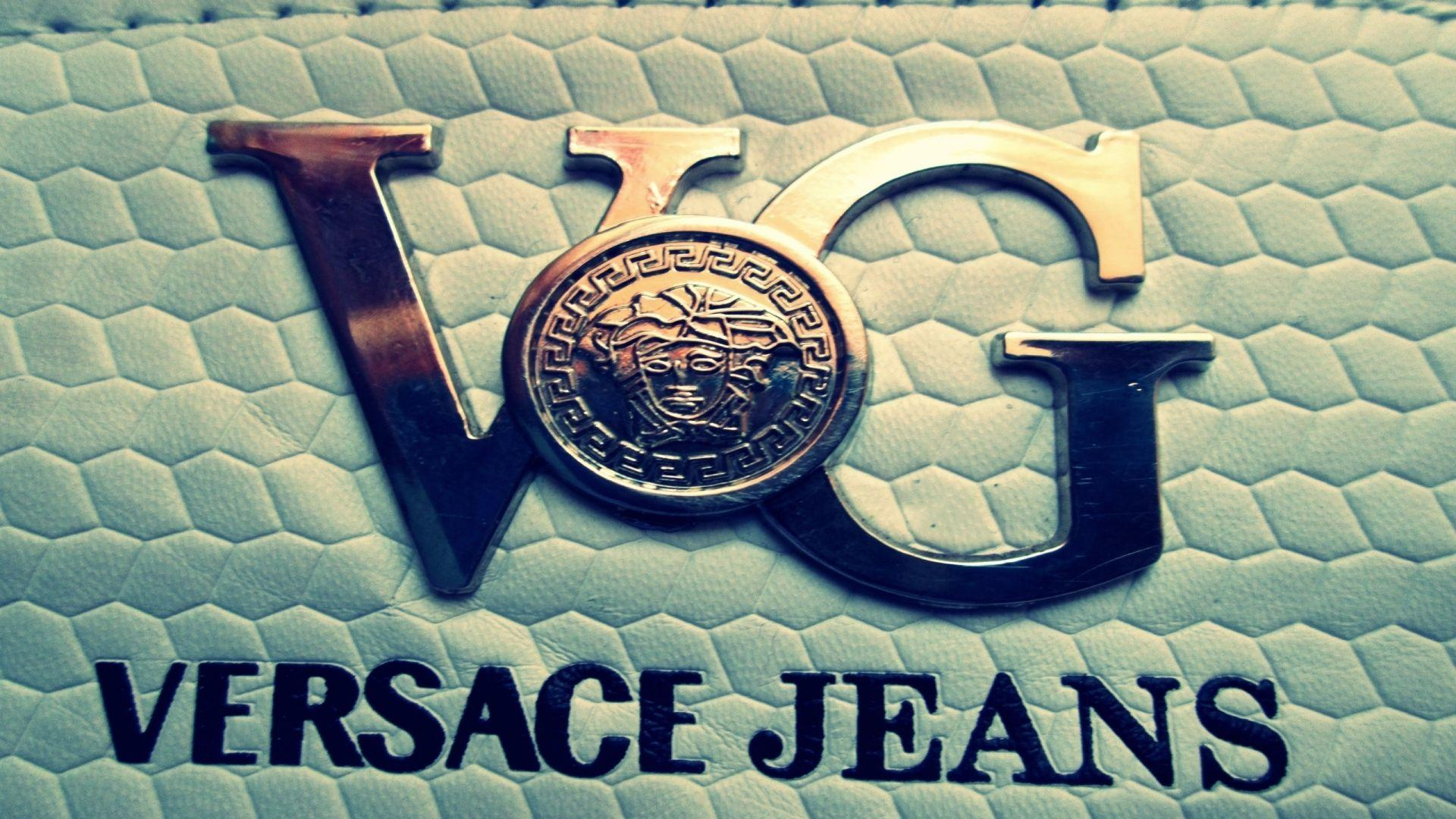 Versace wallpapers wallpaper cave for Expensive wallpaper brands