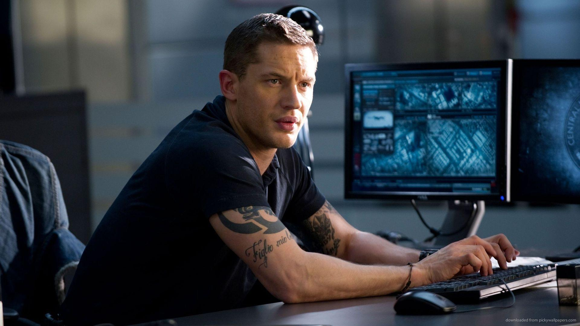 Download 1920x1080 Tom Hardy In THis Means War Wallpaper