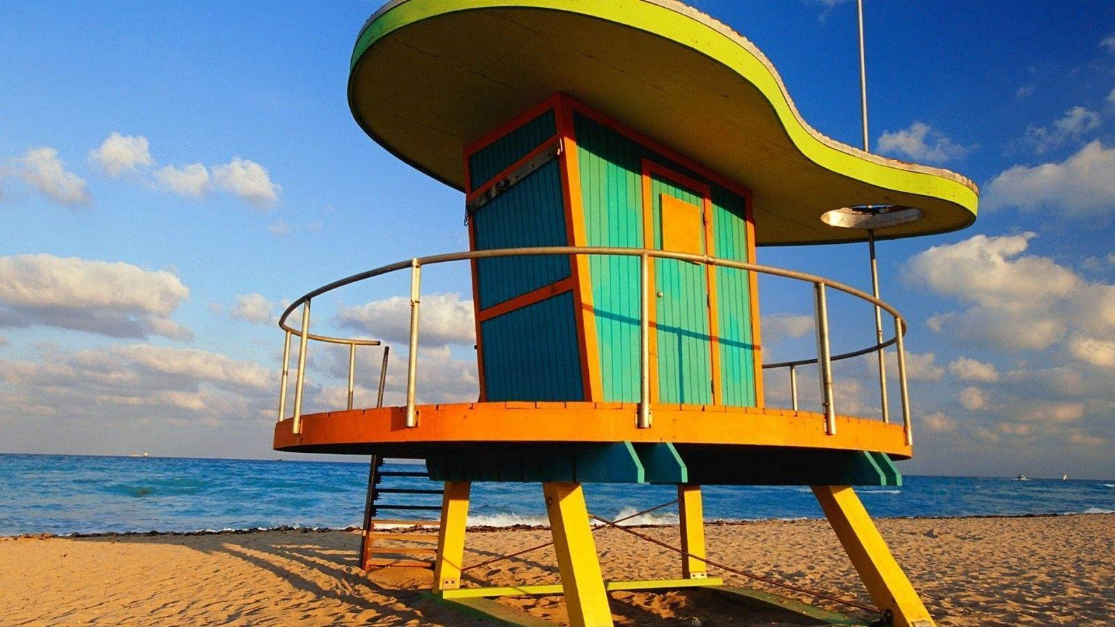 Beach Station in Miami, Florida widescreen wallpapers