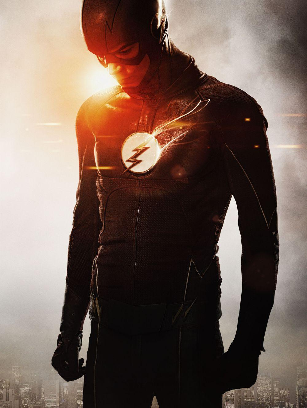 The Flash&Goes White in Upgraded Season 2 Costume Photo