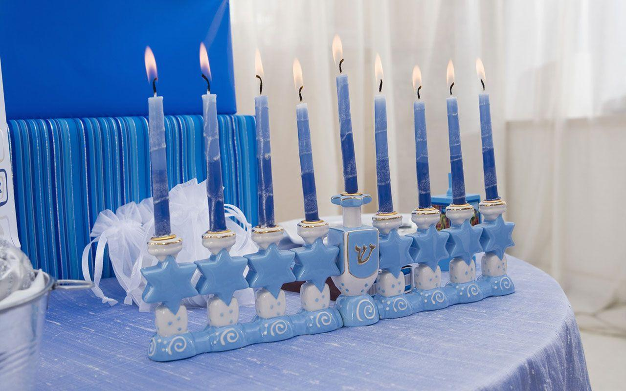 Hanukkah nine arm Candlestick desktop wallpaperman - Holiday ...