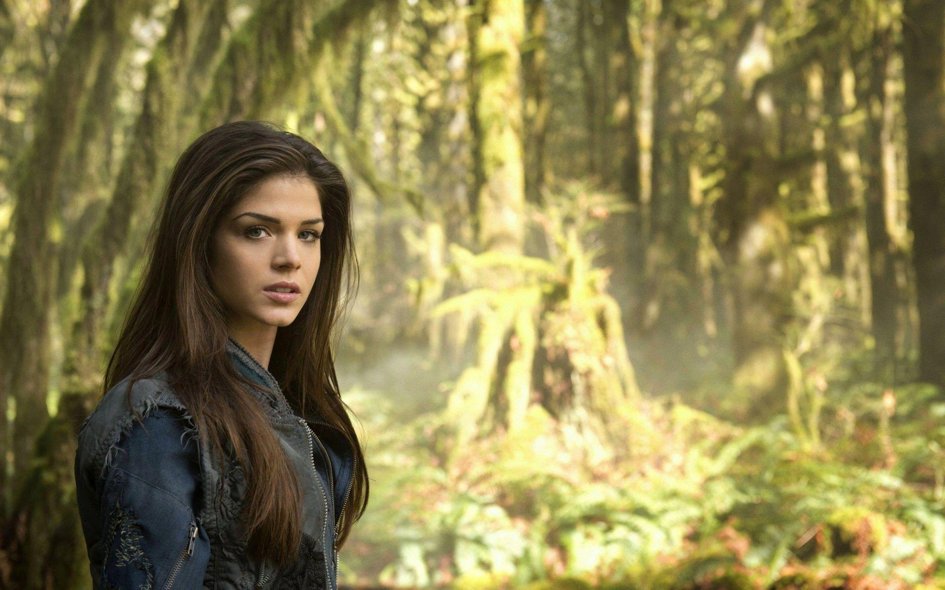 The 100 Background 10