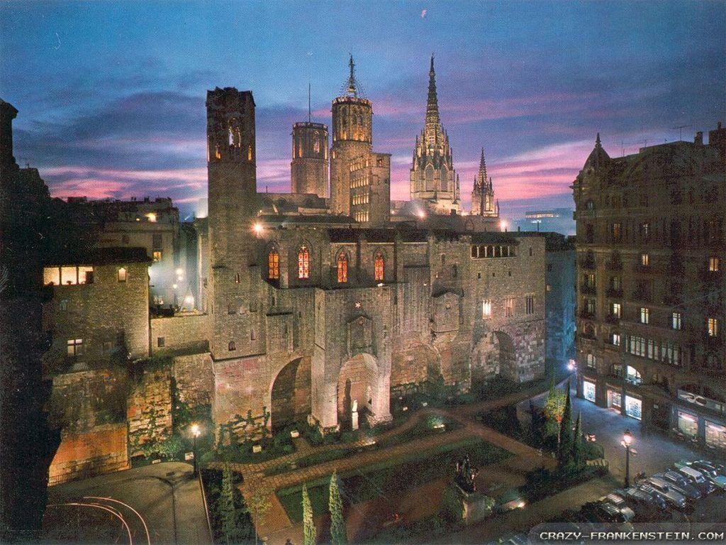 Barcelona wallpapers - Crazy Frankenstein