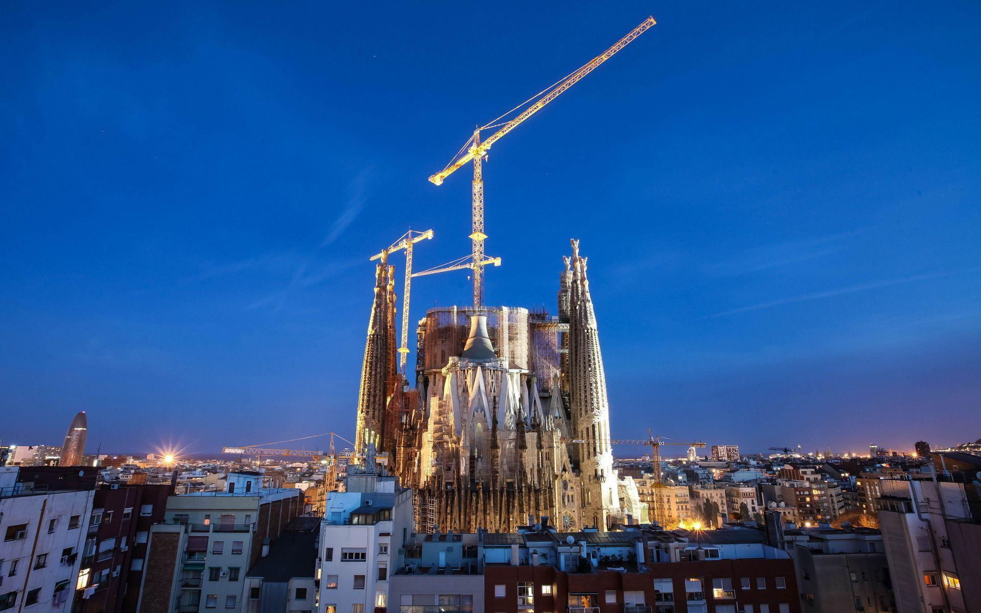 HD wallpaper City night, barcelona, city 1920x1200 | IMAGEIF