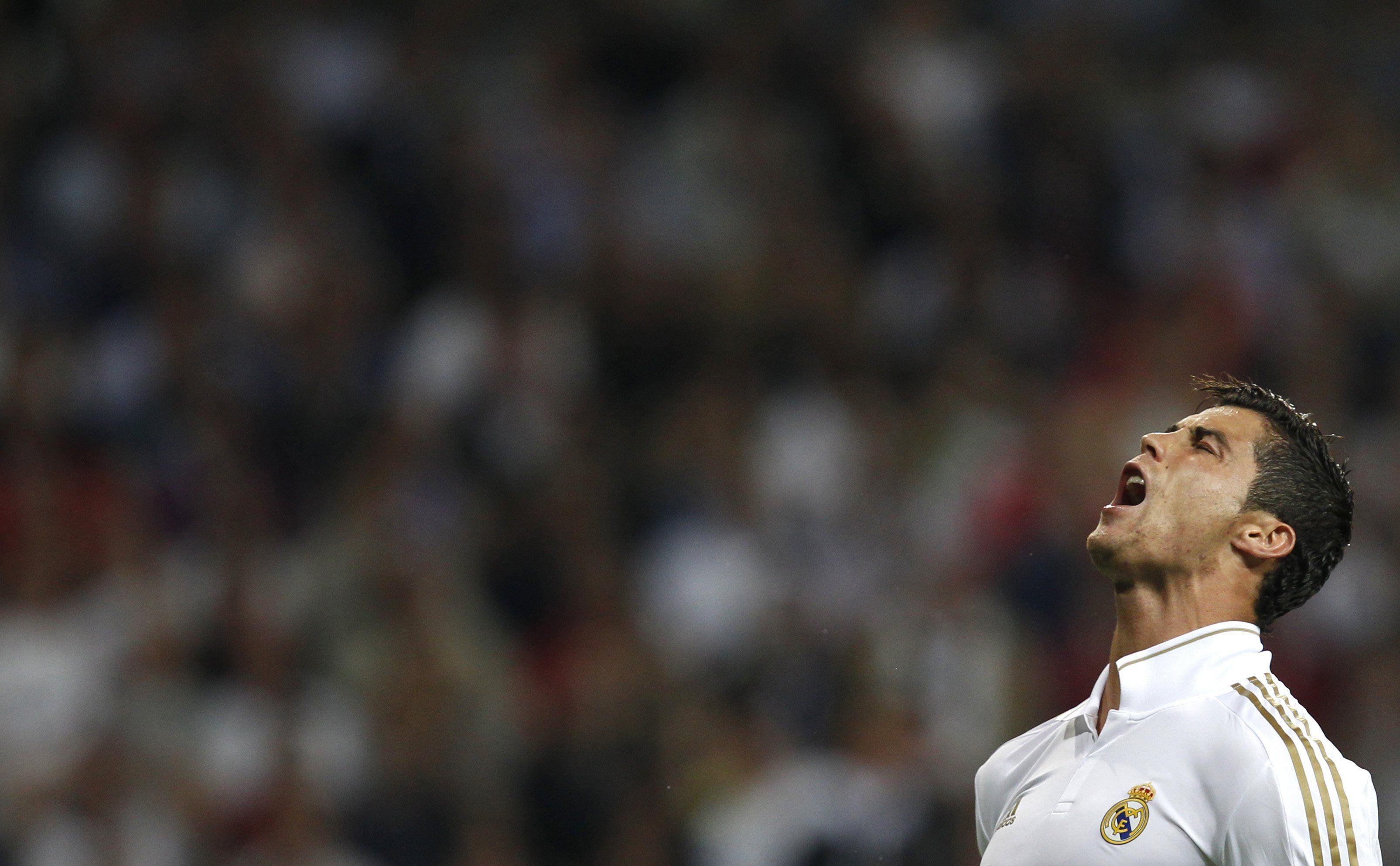 Download Cristiano Ronaldo HD Wallpaper For PC | Wallpicshd