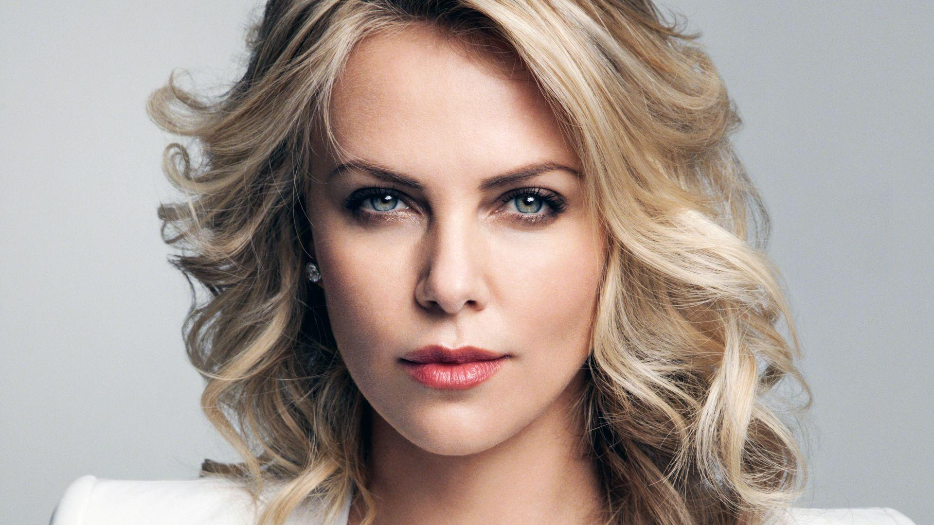 Charlize Theron Wallpapers - CelebrityWallpapersHQ.Com