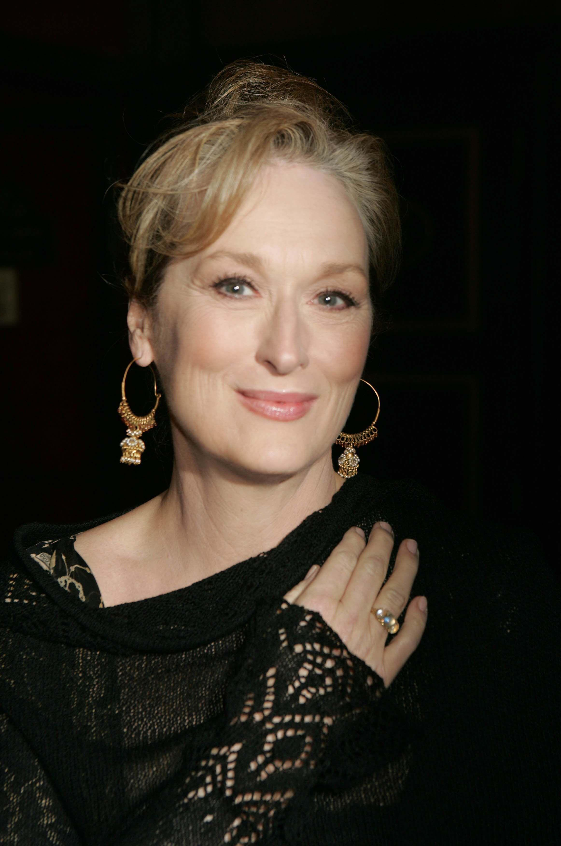 HD Meryl Streep Wallpapers and Photos