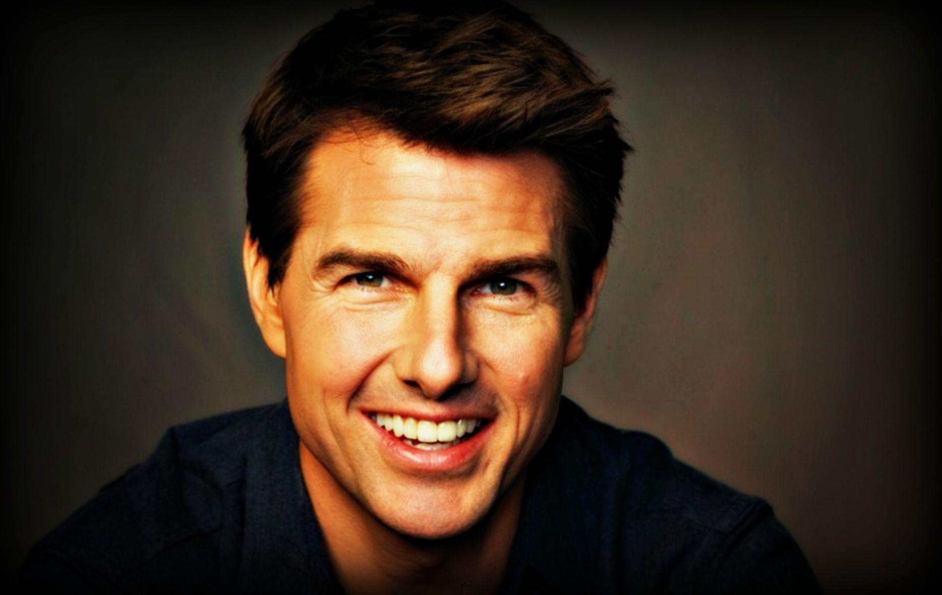 Tom Cruise Wallpapers High Resolution and Quality DownloadTom Cruise