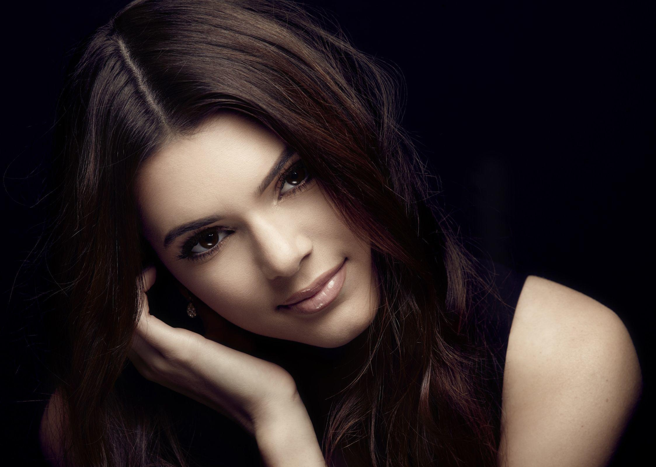 21 Gorgeous HD Kendall Jenner Wallpapers