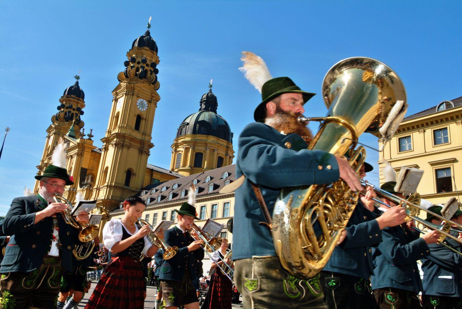 Oktoberfest | Sky HD Wallpaper