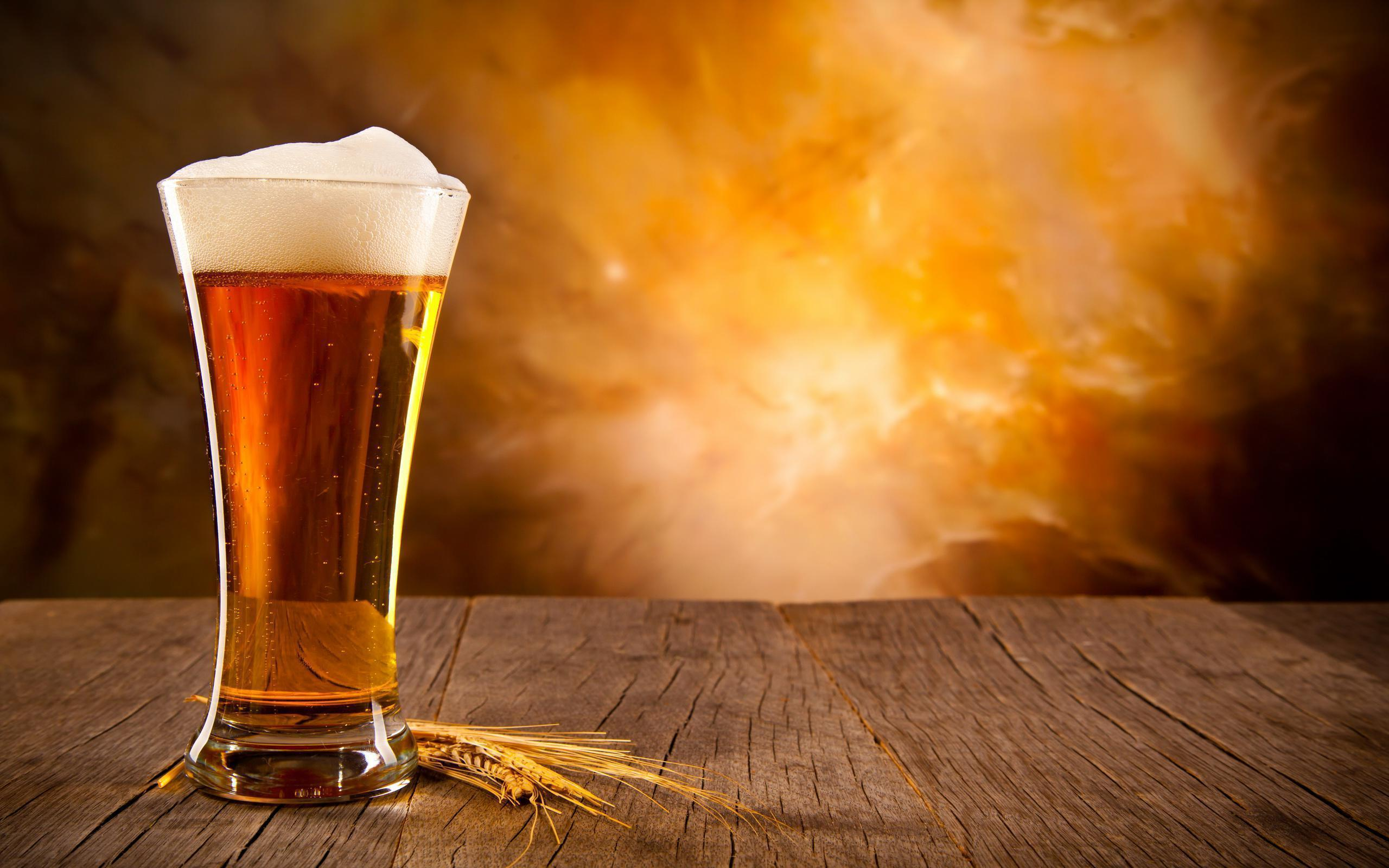 Oktoberfest Beer 1200x790px #641465