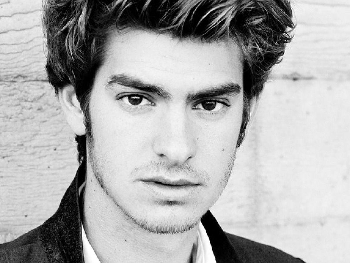 Andrew Garfield Wallpapers Hd Images New