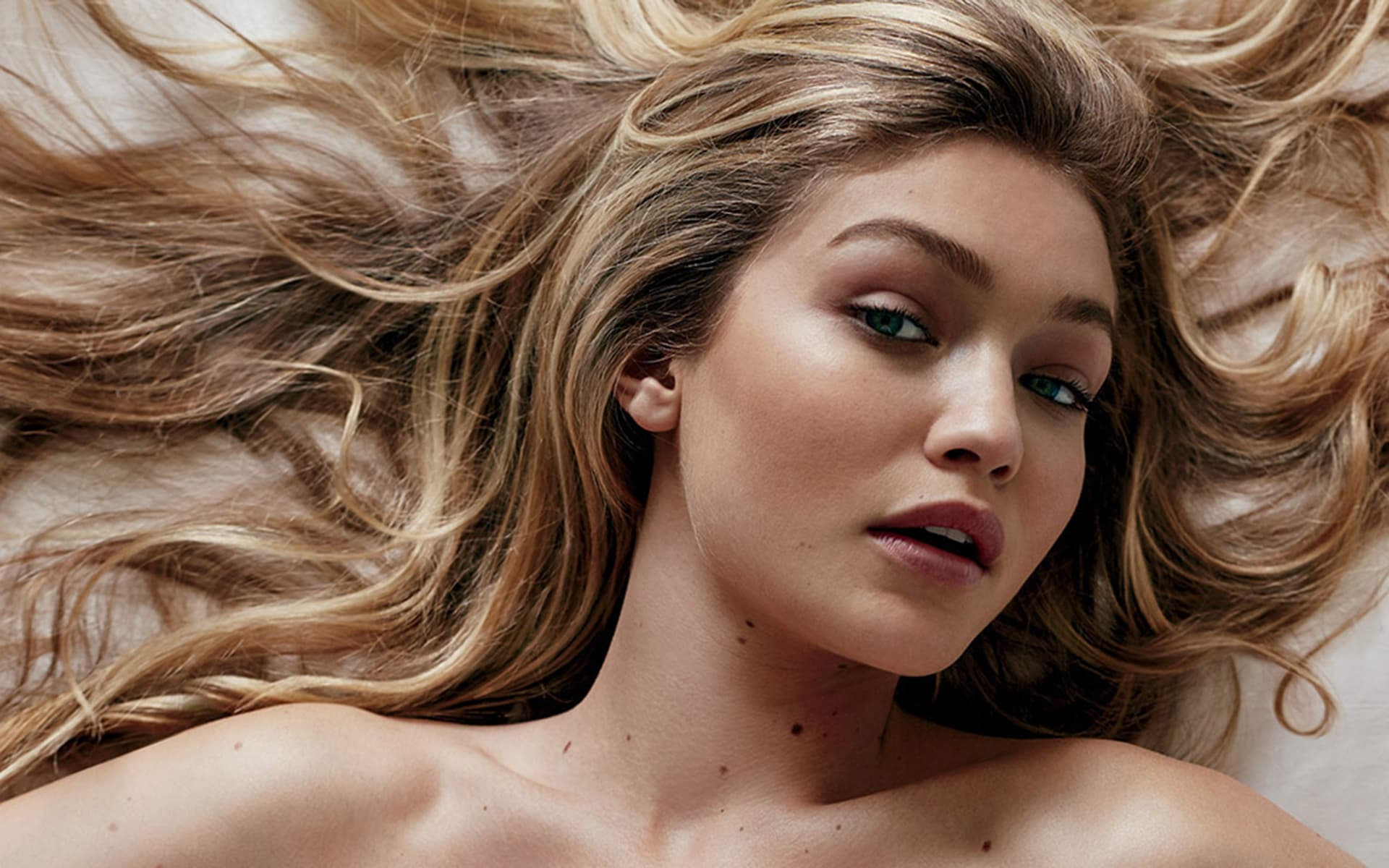 571d6c31 20+ Gigi Hadid wallpapers High Quality Resolution Download