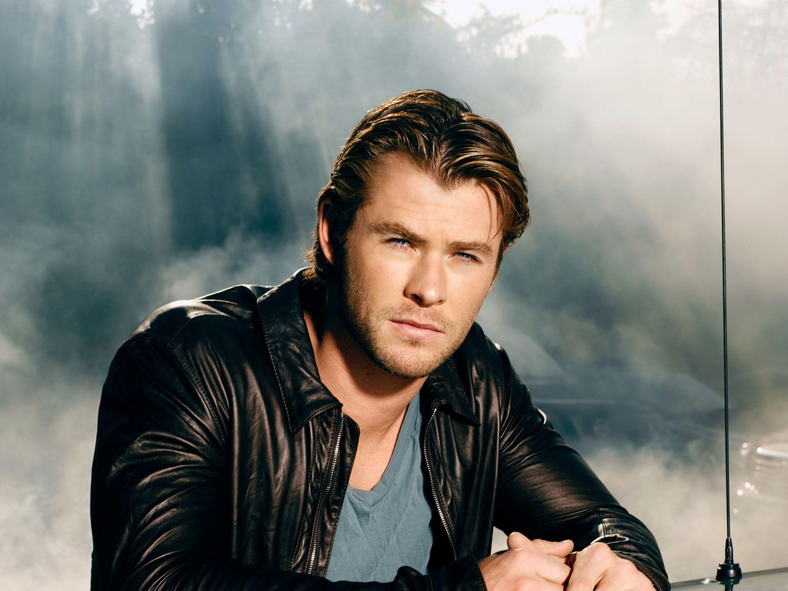 1000+ image about Chris Hemsworth Wallpapers