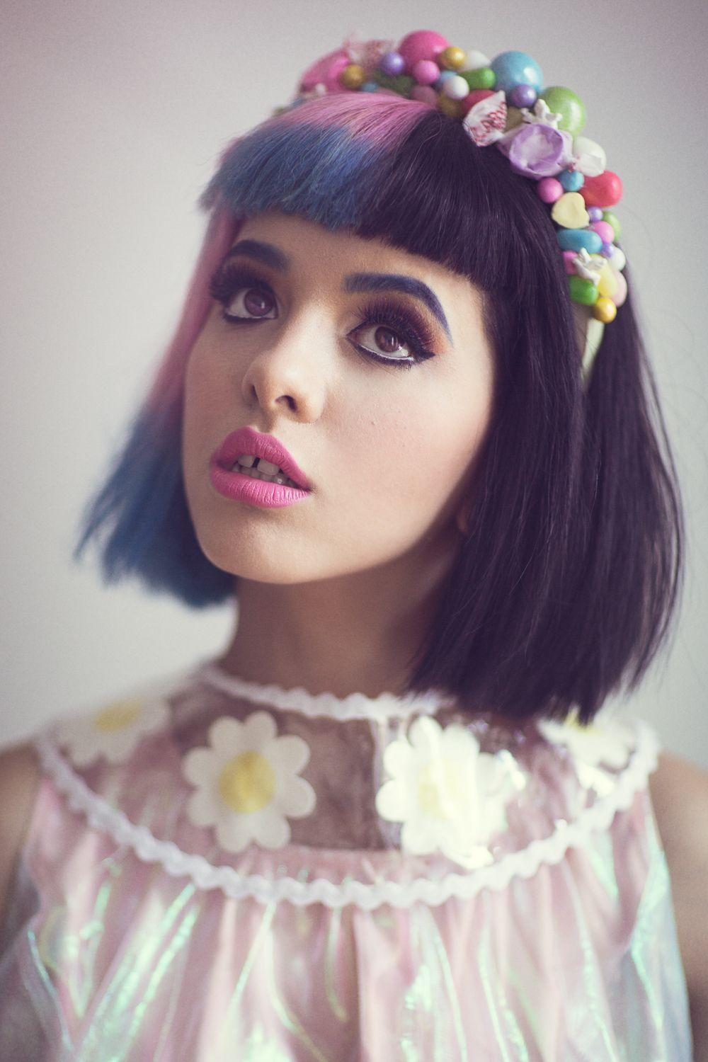 Melanie Martinez Iphone Wallpapers Cute