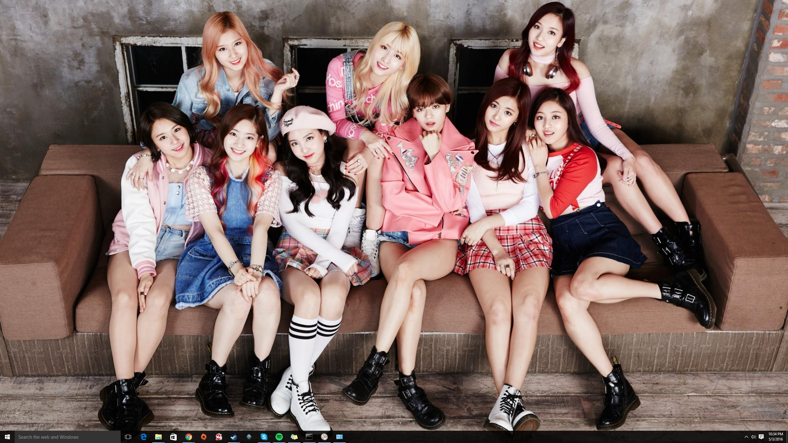 Post your twice wallpapers rn