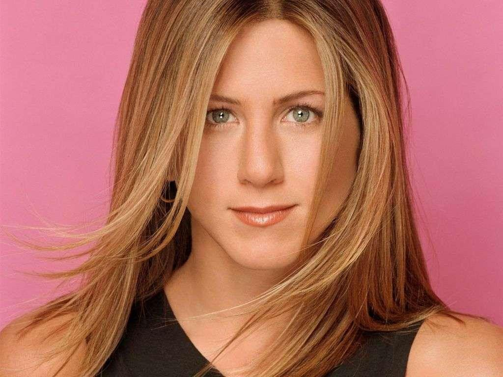Cute Jennifer Aniston Desktop Wallpapers - HD Wallpapers Pop