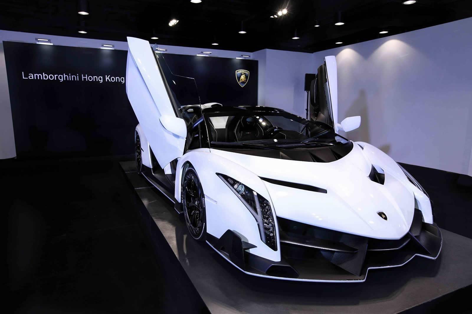white lamborghini veneno roadster wallpaper hd car wallpapers - White Lamborghini Veneno Wallpaper