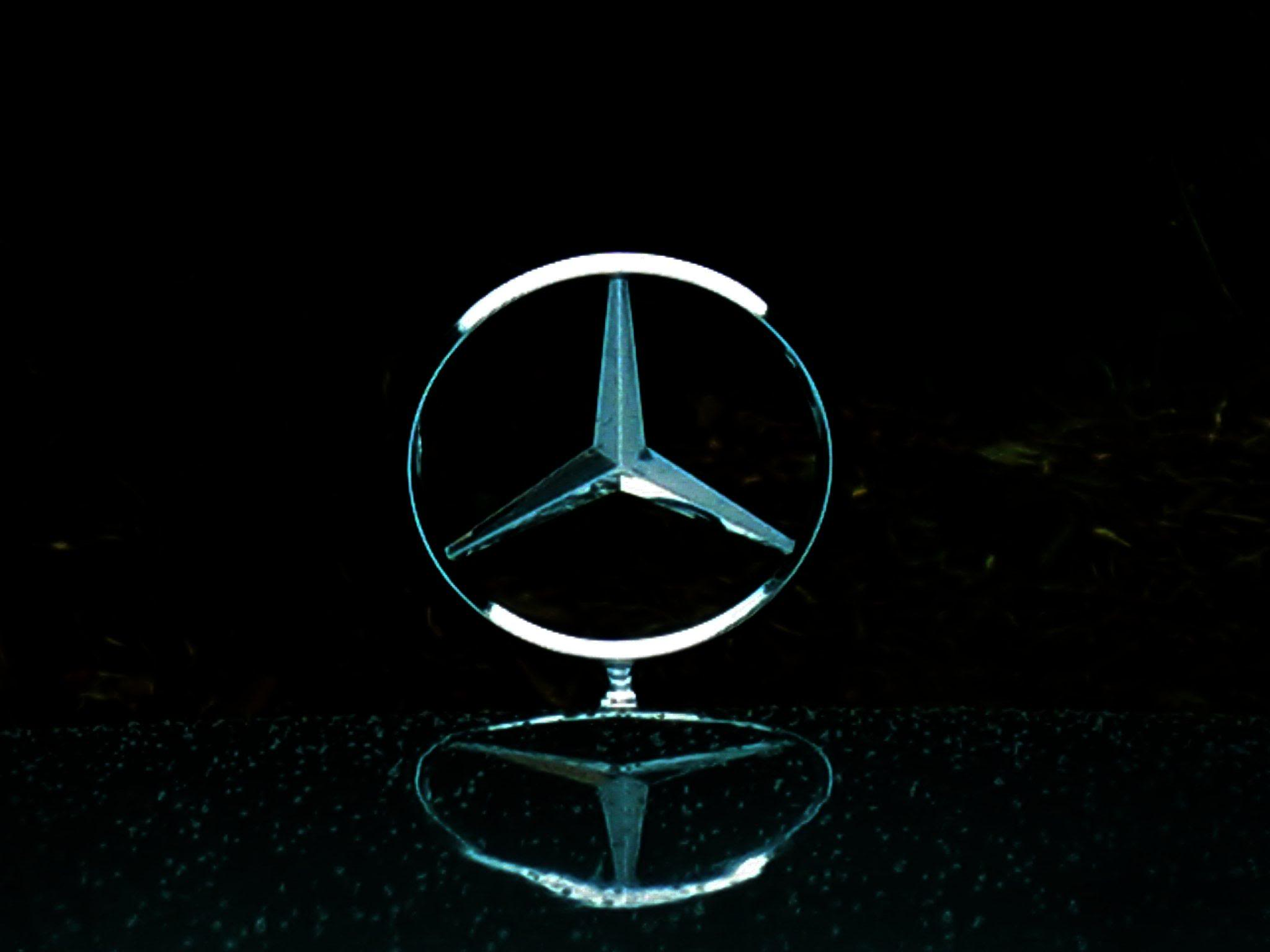 Mercedes logo wallpapers wallpaper cave for Mercedes benz star logo