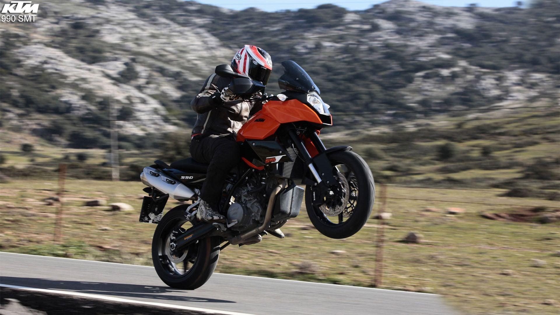 KTM 990 Supermoto Free Wallpapers
