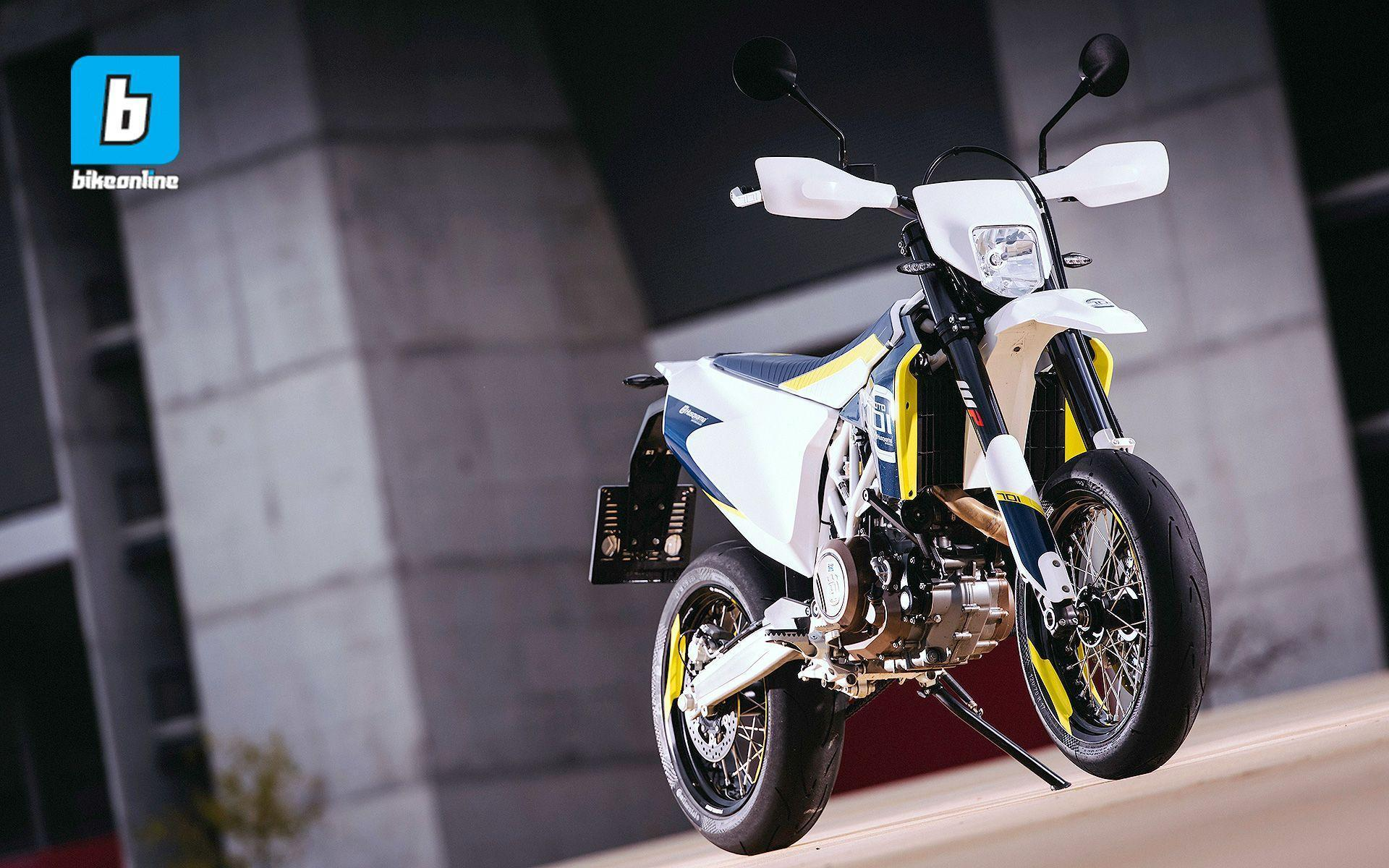 Wallpaper: 2016 Husqvarna 701 Supermoto