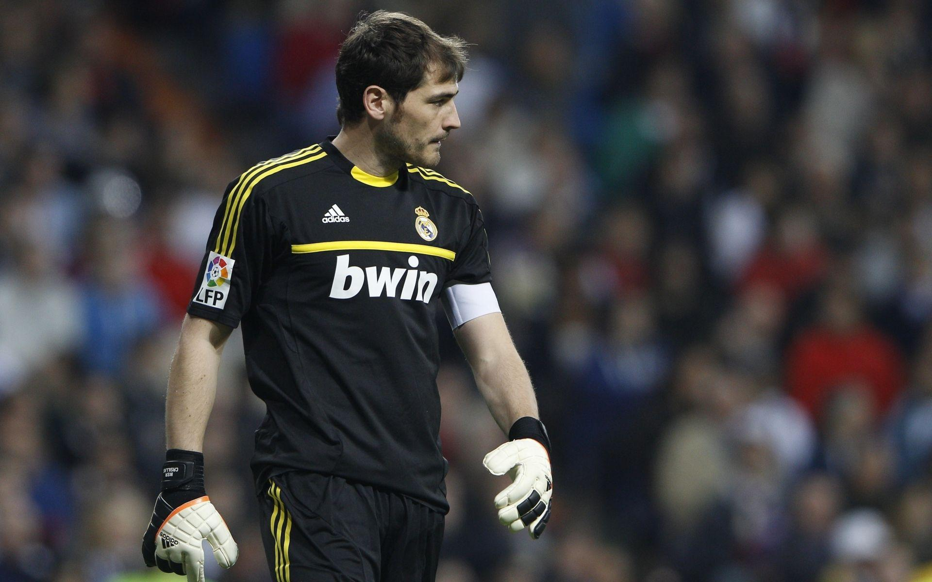Real Madrid Iker Casillas Wallpapers - 1920x1200 - 1478330