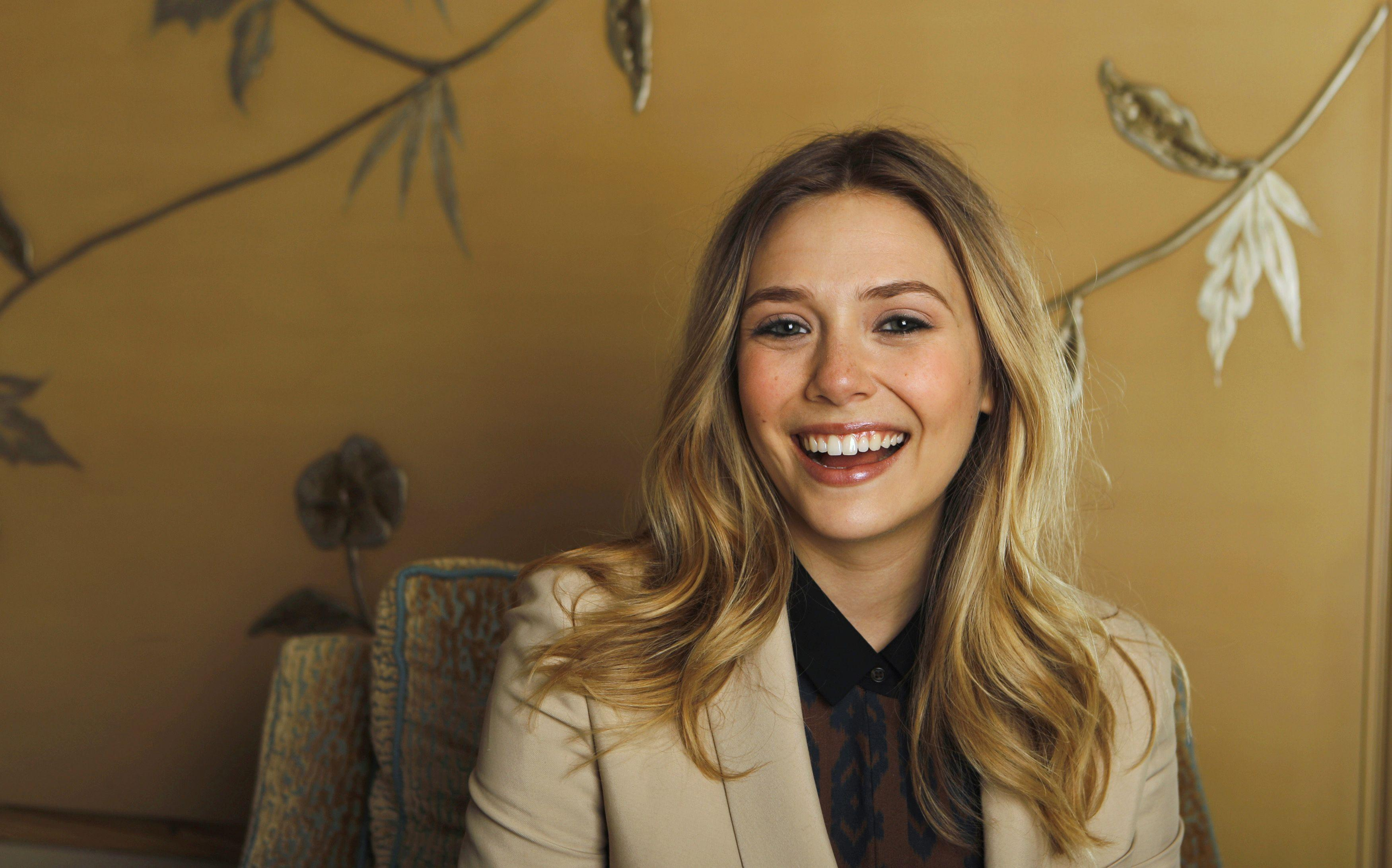 57 Elizabeth Olsen HD Wallpapers | Backgrounds - Wallpaper Abyss ...