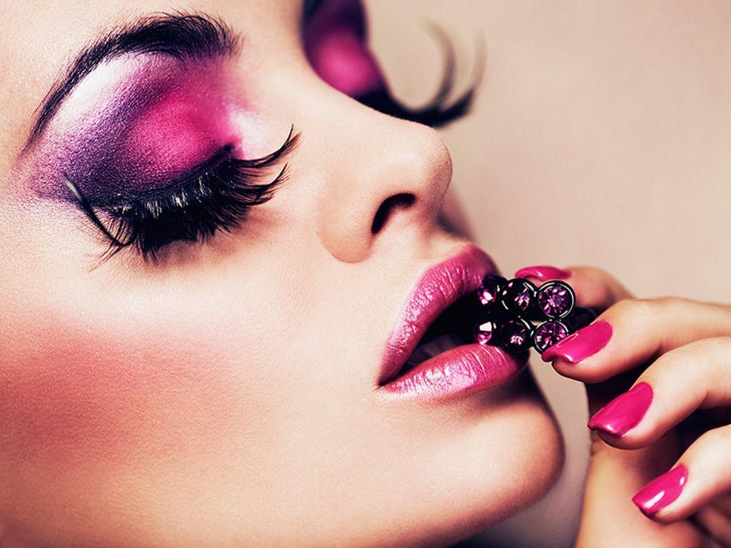 Makeup wallpaper | 1024x768 | #945