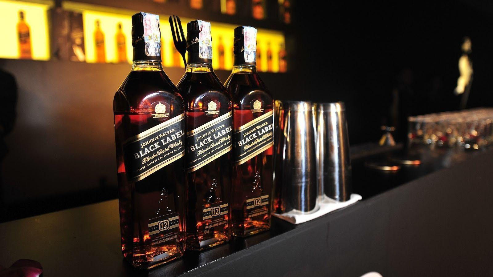 1 Johnnie Walker Scotch Whisky HD Wallpapers | Backgrounds ...