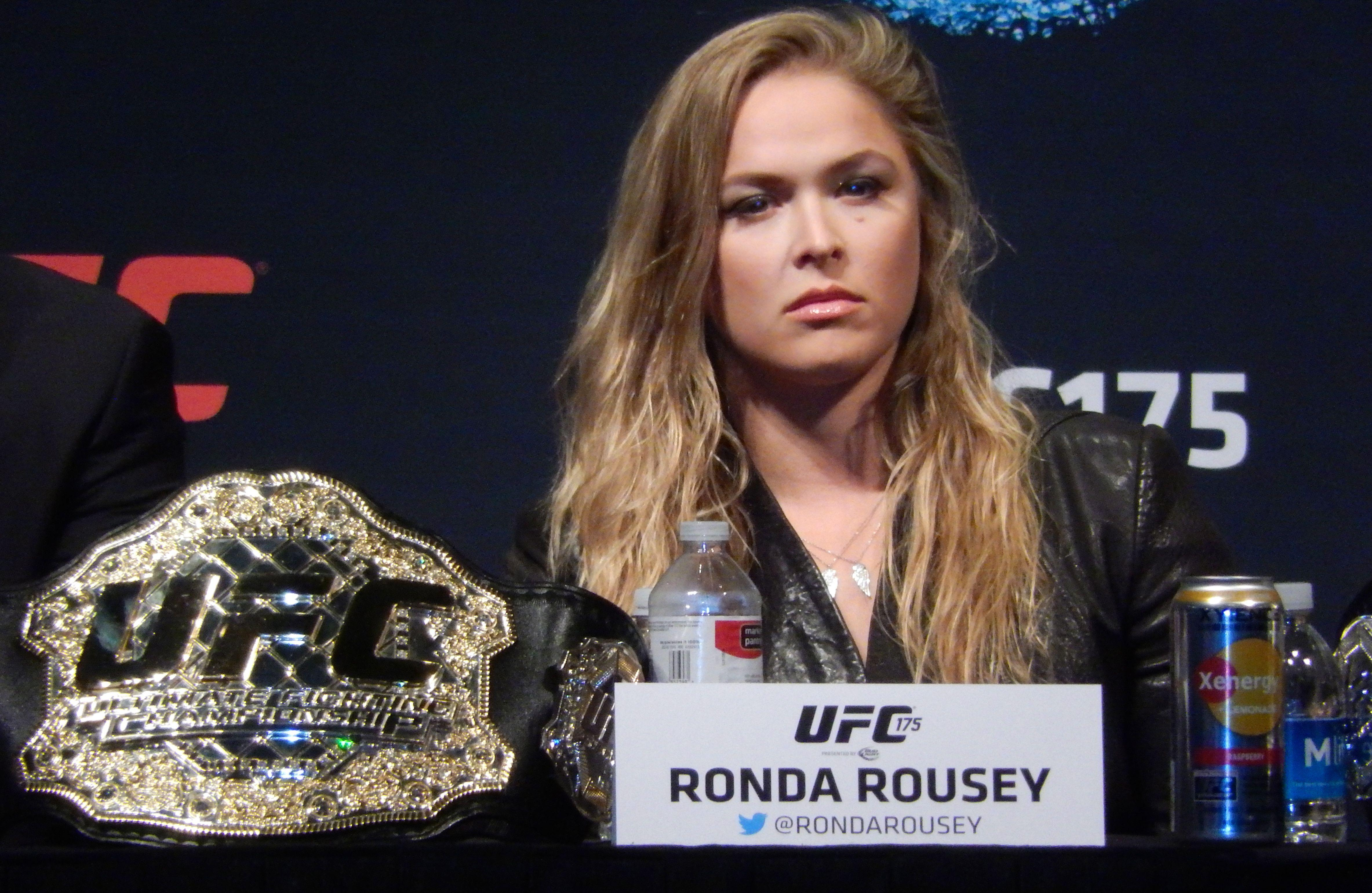 41 Ronda Rousey HD Wallpapers