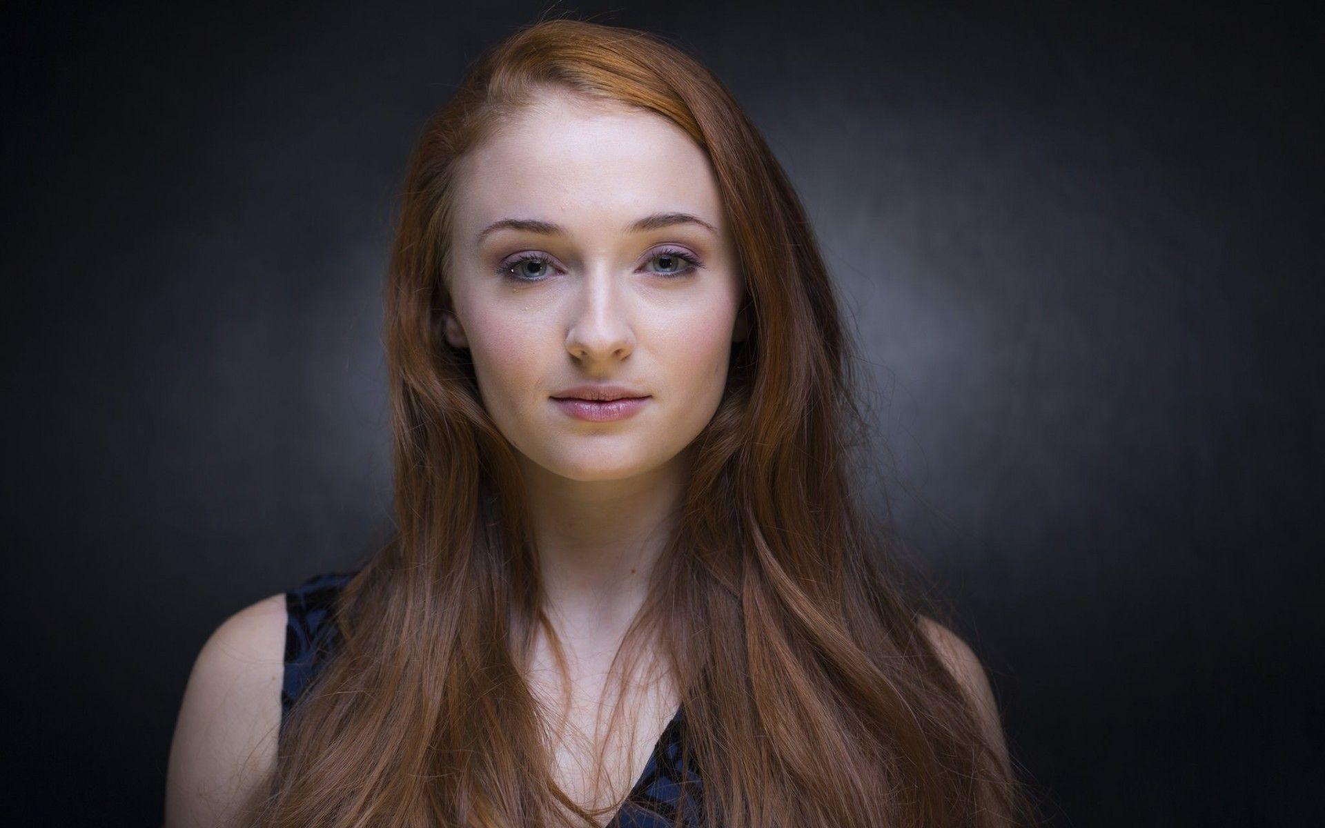 Most Beautiful Sophie Turner Wallpapers